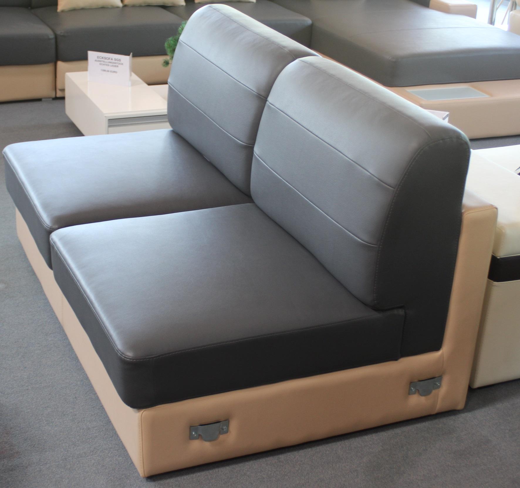 couch garnitur big sofa xxl wohnlandschaft mit hocker leder pictures. Black Bedroom Furniture Sets. Home Design Ideas