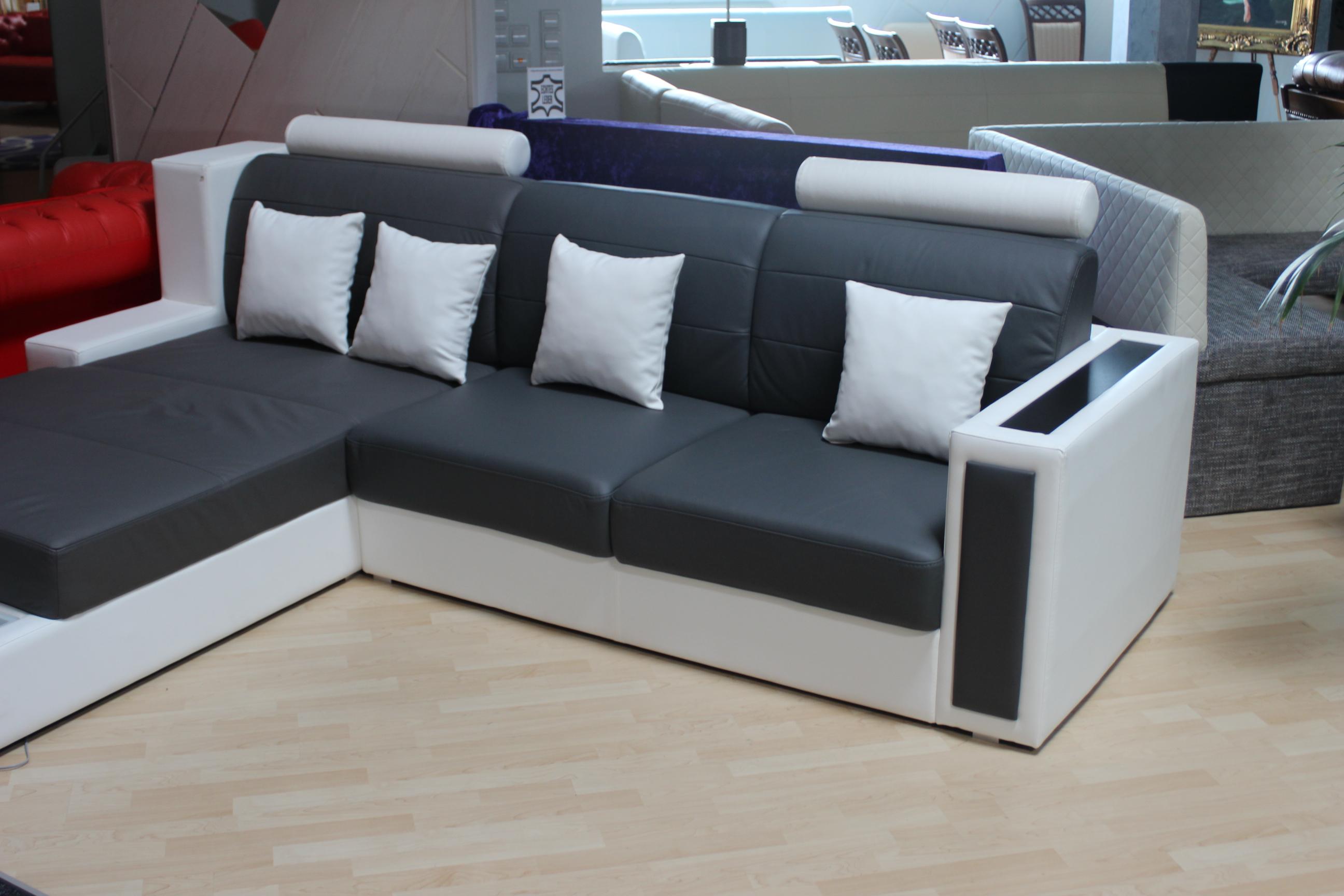Chesterfield sofas und ledersofas home guard sgs01 designersofa jv httpvarvaraalexkleinzeugfebruar2015ausstellungsstueck2 parisarafo Images