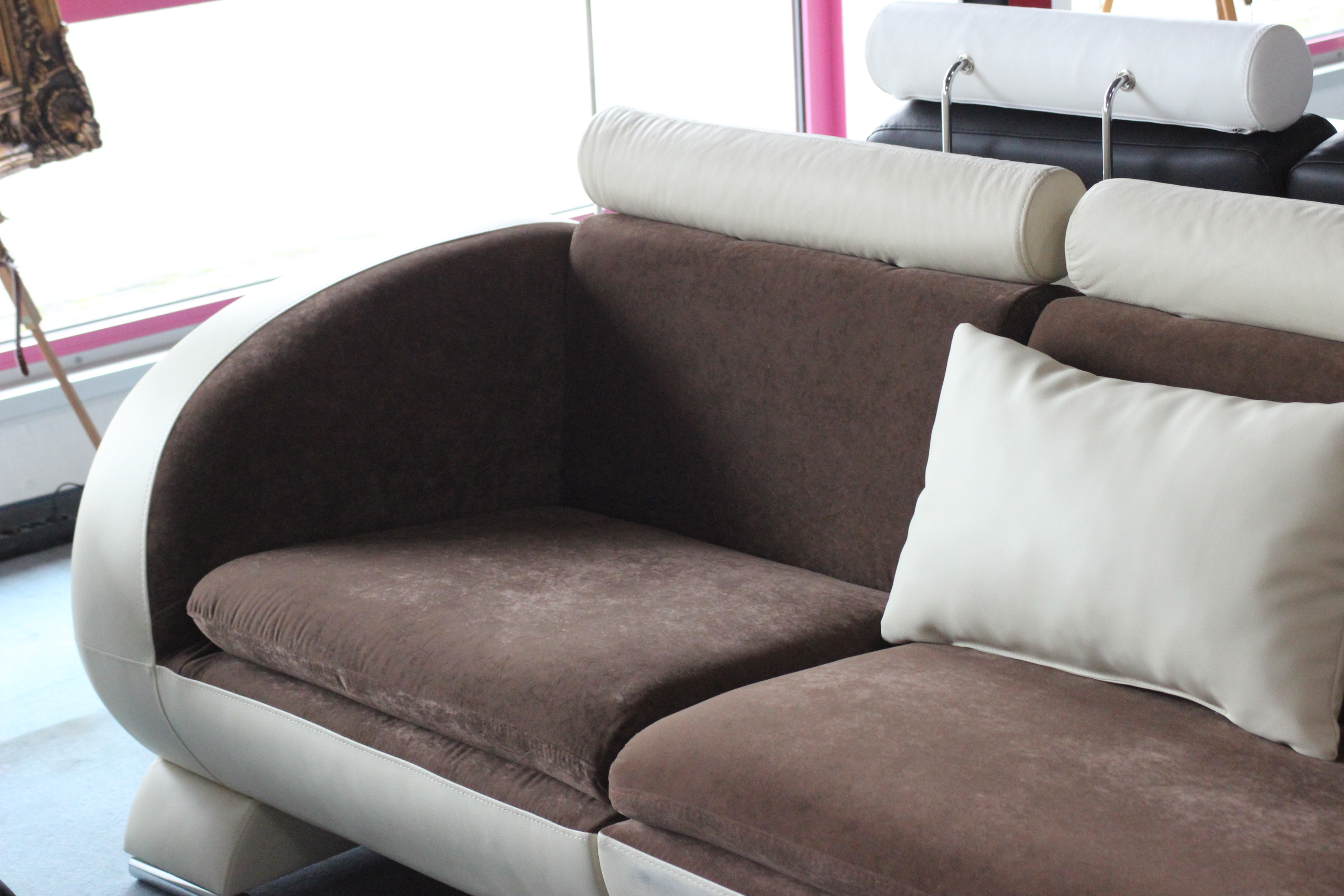 Sofas und ledersofas stretch designersofa ecksofa bei jv mbel httpvarvaraalexkleinzeugvigo11145g parisarafo Images